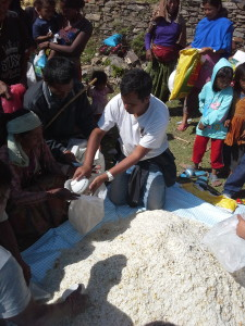 Trek Around Nepal Delivering Aid