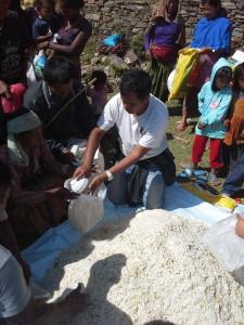 Trek Around Nepal Delivering Aid